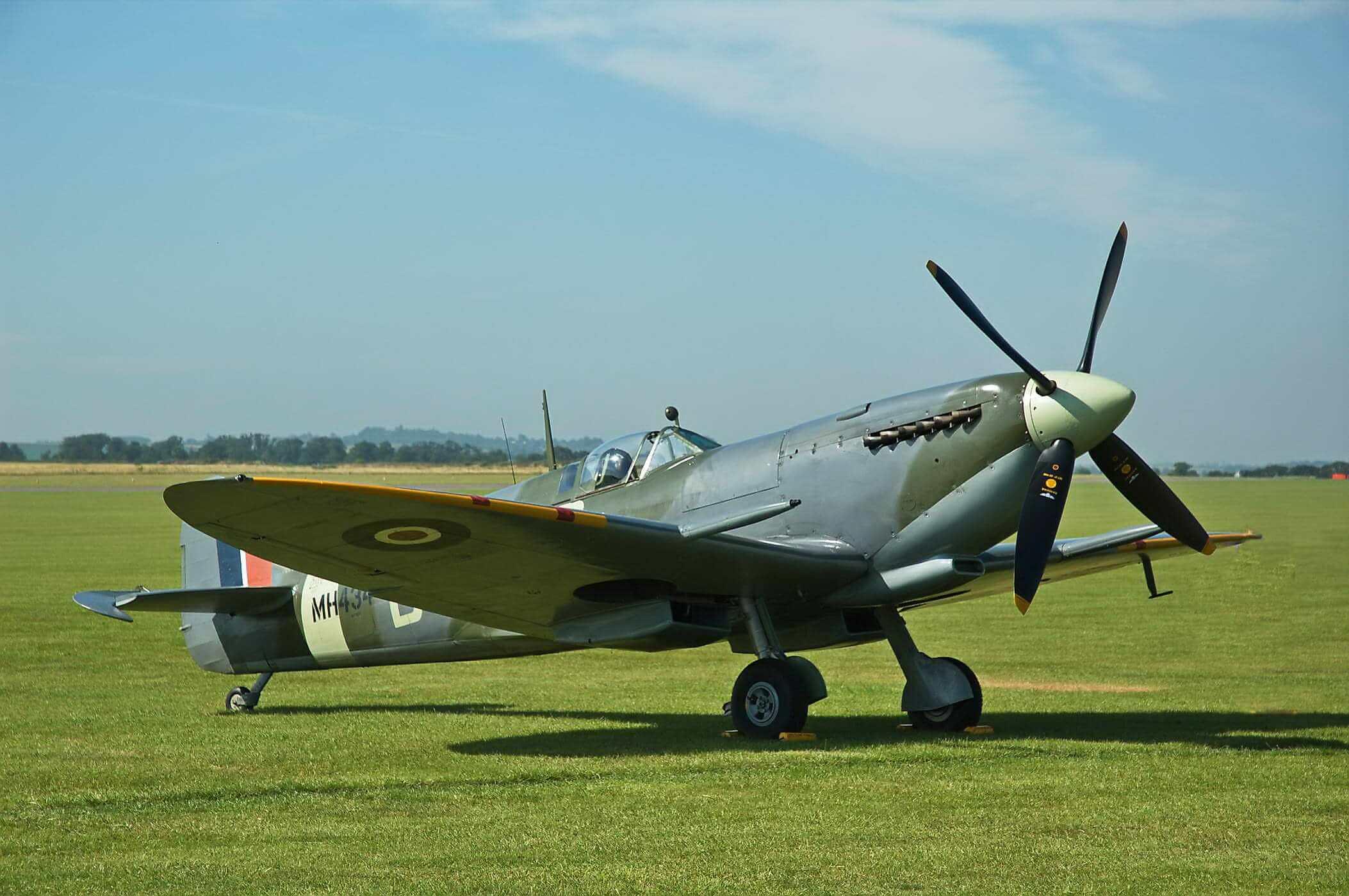 Spitfire LF IXC MH434
