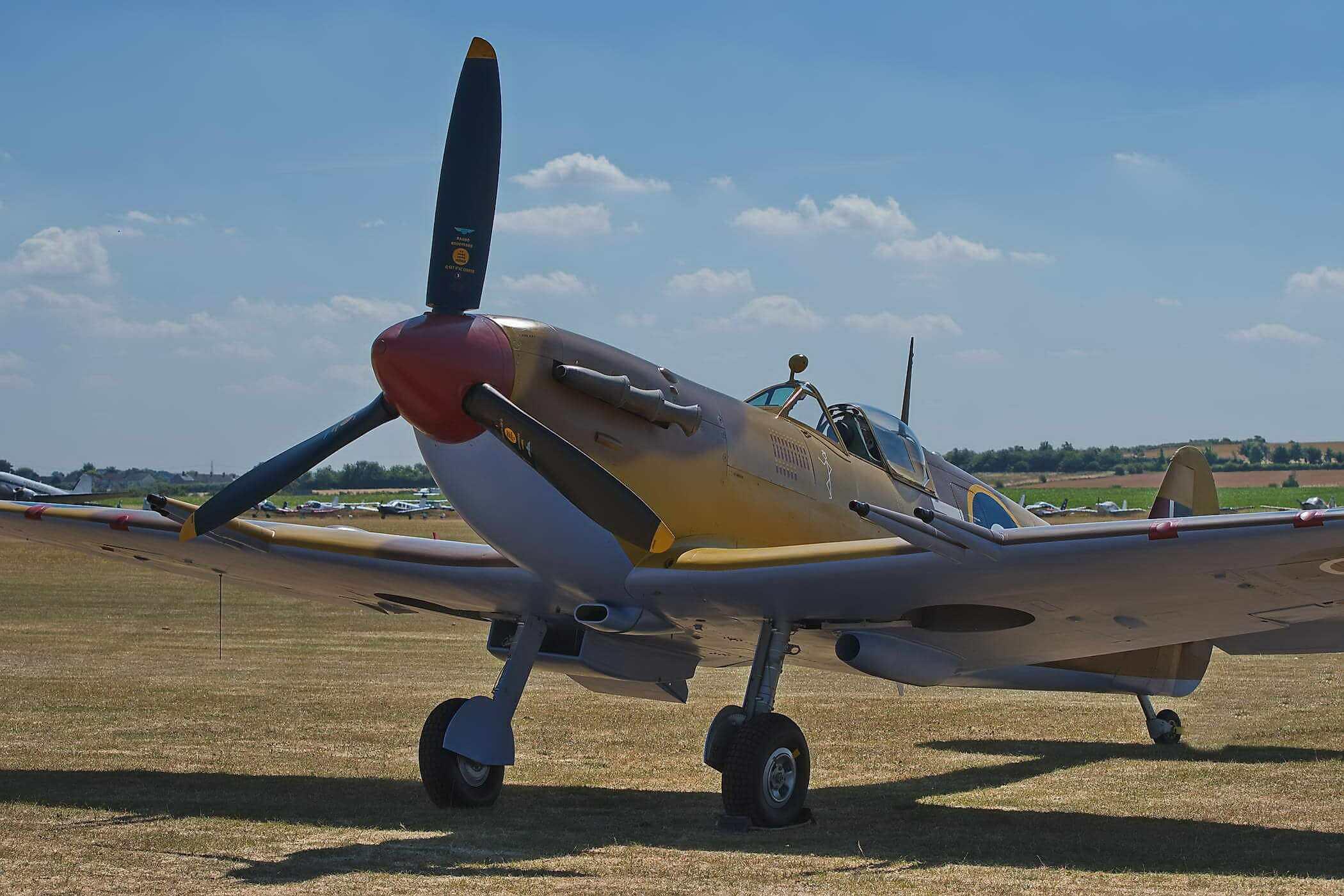 Spitfire LF VC JG891_1