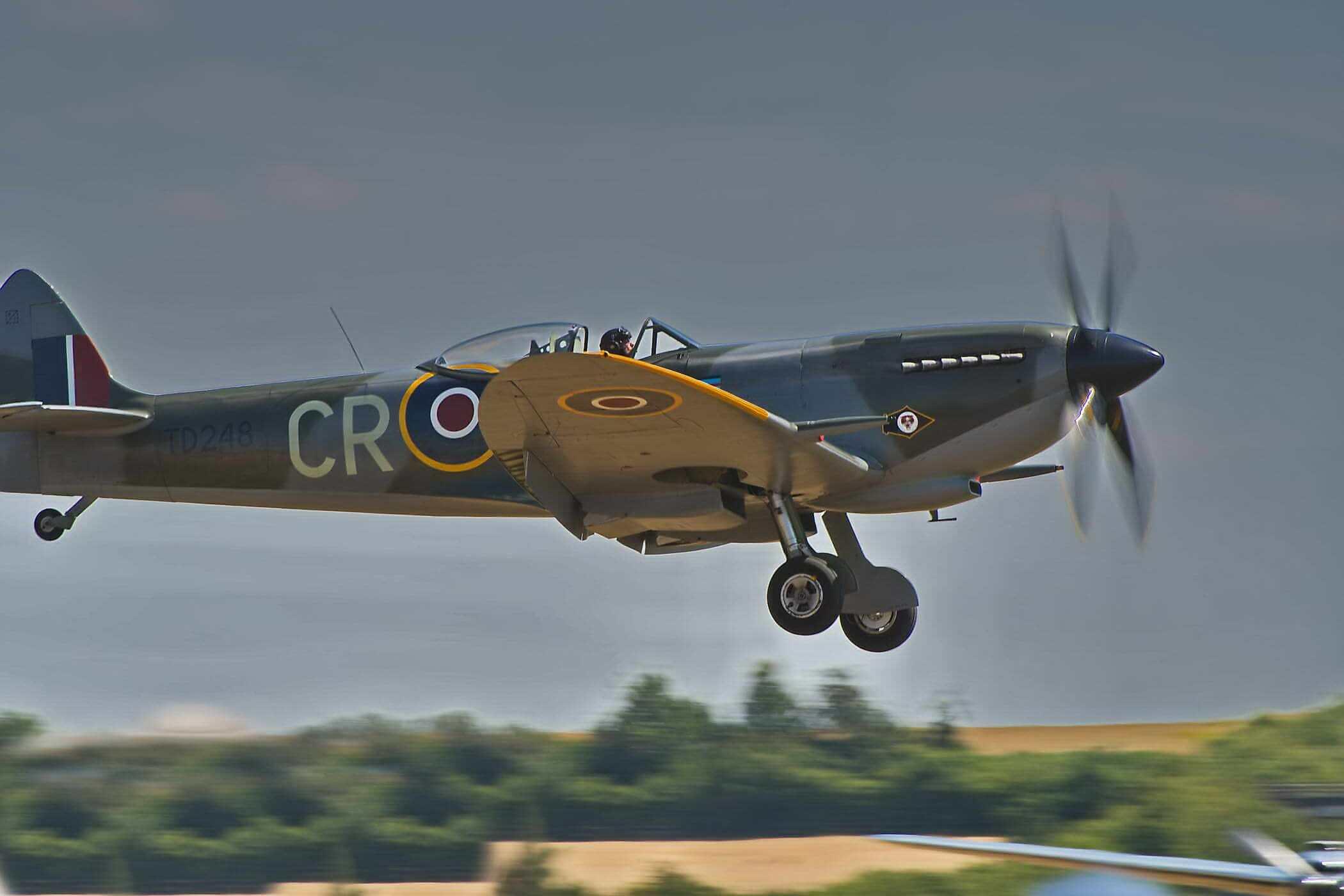 Spitfire LF XVI TD248_1