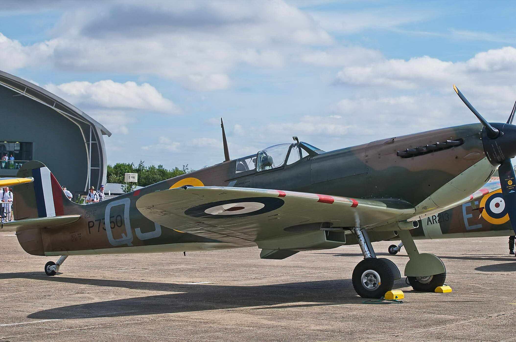 Supermarine Spitfire P7350 Mk IIa