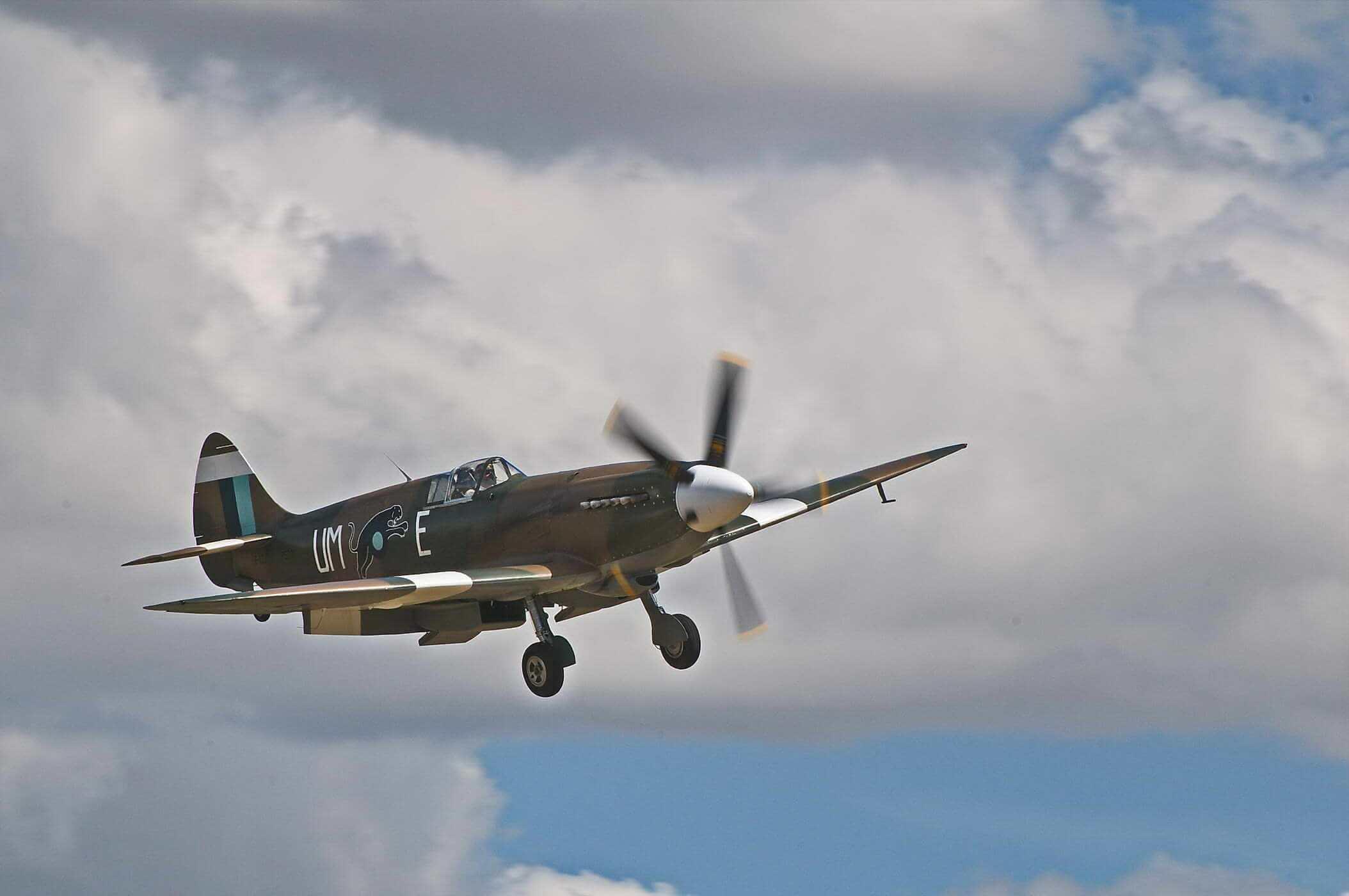 Supermarine Spitfire PR XIX PS890